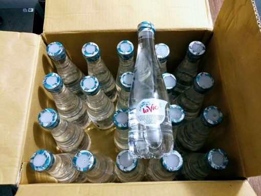 Nước khoáng Lavie Premium